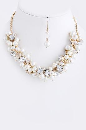 abrielle necklace- shop suey boutique
